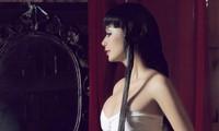 Trước Ngọc Trinh, 'kiều nữ' này mới chính là 'nữ hoàng gợi cảm bậc nhất' showbiz Việt