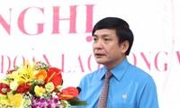 Tổng LĐLĐ VN kêu gọi công nhân không để lòng yêu nước bị lợi dụng