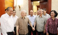 Tổng Bí thư, Chủ tịch nước Nguyễn Phú Trọng chủ trì họp Bộ Chính trị. (ảnh TTXVN)