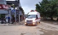 Xe cứu thương đưa những thi thể cuối cùng về bệnh viện quân y 268.