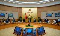 Thủ tướng Nguyễn Xuân Phúc và các thành viên Chính phủ tưởng niệm đồng chí, đồng bào