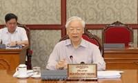 Tổng Bí thư Nguyễn Phú Trọng chủ trì họp Bộ Chính trị về phòng, chống COVID-19 (ảnh TTXVN)