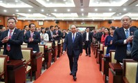 Thủ tướng Nguyễn Xuân Phúc chỉ đạo Đại hội Đảng bộ TPHCM