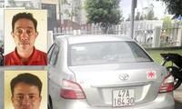 Dũng (trên), Uần và chiếc xe mà 2 nghi can sử dụng để đi tống tiền CSGT