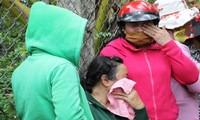Người thân các nạn nhân đau đớn khi hay tin dữ
