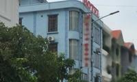 Khách sạn nơi cựu thượng tá và 3 chủ doanh nghiệp thay nhau giở trò đồi bại với nữ sinh lớp 9. Ảnh: Người Lao Động