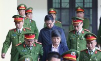 Cựu tướng Vĩnh bị tuyên 9 năm tù, Nguyễn Thanh Hóa lĩnh 10 năm tù