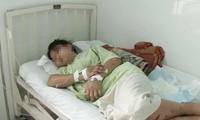 Cô gái bị nhóm đòi nợ hành hung đến sinh non (thời điểm nhập viện). Ảnh do gia đình cung cấp