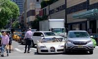 Siêu xe của danh hài Hollywood va chạm Honda CR-V