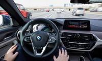BMW, Mercedes-Benz hợp tác sản xuất xe tự hành