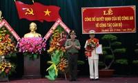Thượng tướng Nguyễn Văn Thành, Thứ trưởng Bộ Công an trao quyết định bổ nhiệm Giám đốc Công an tỉnh Tiền Giang cho Đại tá Nguyễn Văn Nhựt