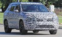 Mitsubishi Outlander thế hệ mới rò rỉ ảnh chạy thử