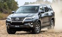 Top 10 ôtô bán chạy nhất tháng 9: 'Sạch bóng' xe Kia