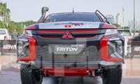 'Cận cảnh' chiếc xe cùng đội đua Việt Nam chinh phục Rally châu Á