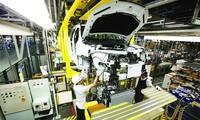Bên trong nhà máy GM ở tỉnh Rayong, Thái Lan. Ảnh: Bangkok Post