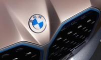 BMW trình làng logo mới
