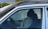 Chính trị gia Nam Phi được chôn cất cùng xe Mercedes