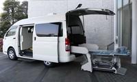 Toyota Hiace được cải tiến thành xe cứu thương tại Nhật Bản