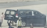 Hé lộ nguồn gốc xe biển xanh đón Phó bí thư sát máy bay