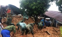 Sạt lở chết người kinh hãi ở miền Trung: Chuyên gia địa chất nói gì?
