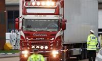 Lấy mẫu ADN để xác định nạn nhân vụ 39 người chết trong container ở Anh