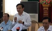 Ông Mai Văn Trinh chia sẻ với báo chí