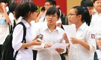 Phổ điểm thi lớp 10 của Hà Nội, TPHCM: Lo ngại dạy và học môn ngoại ngữ