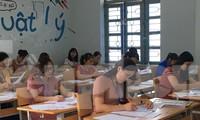 Chấm thi tự luận môn Ngữ văn