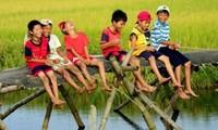Chủ tịch Hà Nội đề xuất chia nhỏ nghỉ hè, các nước thực hiện thế nào?