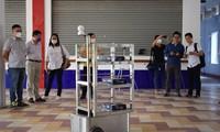 ĐH Bách Khoa - ĐH Đà Nẵng chế Robot phục vụ khu cách ly Covid-19