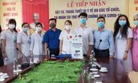 Học sinh chế máy rửa tay tự động tặng cơ sở y tế