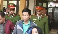Bị cáo Hoàng Công Lương tại tòa.