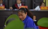 Bị cáo Nguyễn Thị Hồng Nga tại tòa.