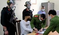 Nguyễn Công Dũng được đưa từ bệnh viện về Công an tỉnh Hòa Bình để phục vụ điều tra.