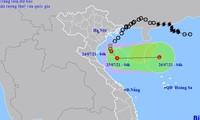 Áp thấp nhiệt đới di chuyển trên vùng biển gần Thanh Hóa - Nghệ An trước khi đổi hướng ra đảo Hải Nam (Trung Quốc).