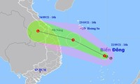 Dự báo đường đi của áp thấp nhiệt đới trên Biển Đông.