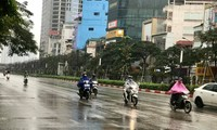Miền Bắc sắp đón không khí lạnh kèm mưa dông. Ảnh: Nguyễn Hoài.