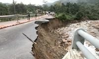 Bão số 9 khiến nhiều địa phương ở miền Trung và Tây Nguyên có nguy cơ cao xảy ra sạt lở đất và lũ quét.