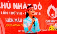 Á hậu Diễm Trang: Ủng hộ chương trình Chủ nhật Đỏ bằng cả trái tim