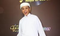 Hotboy Henry Ngọc Thạch đi hát với cát-xê 80 ngàn đồng còn bị ép mất show