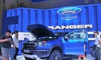 Mẫu xe bán tải mới ra mắt Ford Ranger Raptop đang rất hút khách
