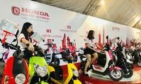 Một số mẫu xe tại 'Lễ ra mắt và chạy thử xe máy điện Honda chính hãng' ở TPHCM vừa qua. Ảnh: Tuổi Trẻ