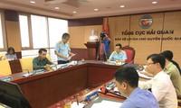 Đại diện Tổng cục Hải quan báo cáo kết quả sơ bộ để các bên cùng thảo luận sáng 28/10. Ảnh: Tuấn Nguyễn