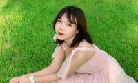 Chu Tiểu Han: Nữ sinh Báo chí nổi tiếng nhờ câu chuyện couple siêu đáng yêu
