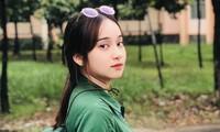Cô nữ sinh trường ĐH Kinh tế TP Hồ Chí Minh khỏe khoắn, năng động trong bộ đồ quân sự
