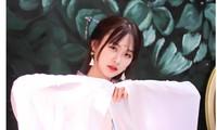 Vẻ đẹp chuẩn Hàn Quốc của nữ sinh trường ĐH Kinh doanh và Công nghệ Hà Nội