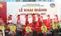 Trường Đại học Phương Đông đón gần 2000 tân sinh viên trong lễ Khai giảng năm học mới