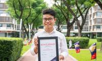 Từ cậu bé bán bánh mì đến sinh viên trường Đại học quốc tế