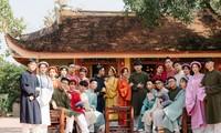 D2K61 Nguyễn Huệ: Ngược dòng thời gian với bộ ảnh kỷ yếu cổ phục Việt Nam