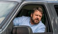 """Russell Crowe hóa thành kẻ tâm thần truy sát người đi đường trong """"Kẻ cuồng sát"""""""
